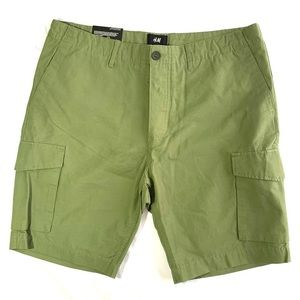 H&M Men's Khaki Green Slim Fit Cargo Shorts
